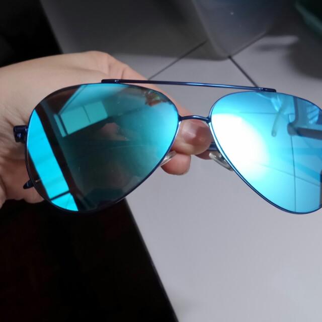 Kacamata wanita preloved
