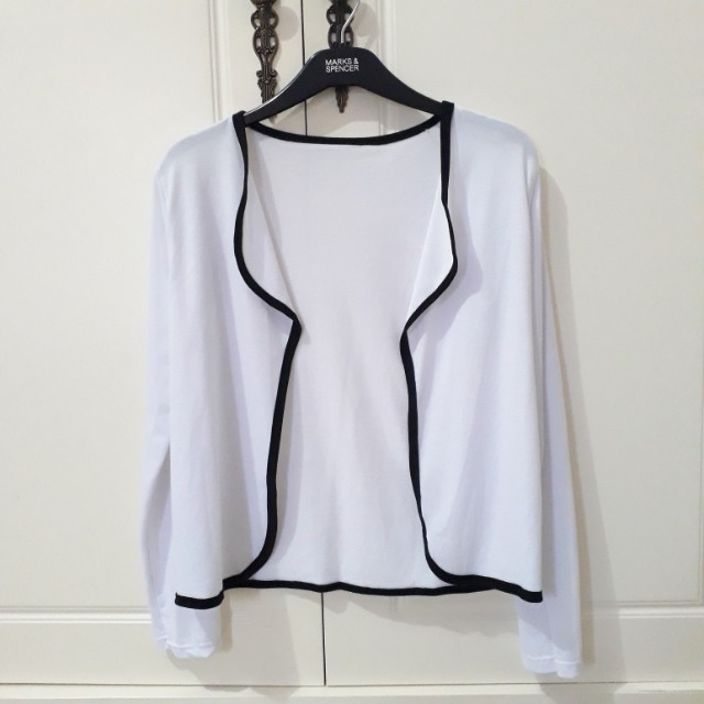 Loose White Outer