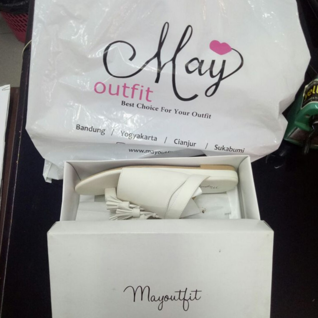 Mayoutfit White Shoes 40