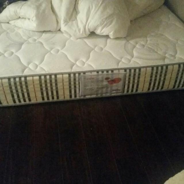 Queen size Medicated mattress