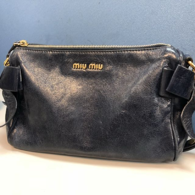 Miu Vitello Small Bow Lux Leather Shoulder Bag Women S Fashion Bags Wallets On Carou