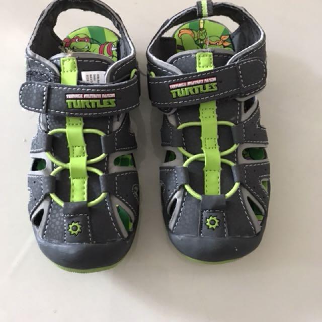 558c69e0f979 Ninja Turtles shoes (US size 11)