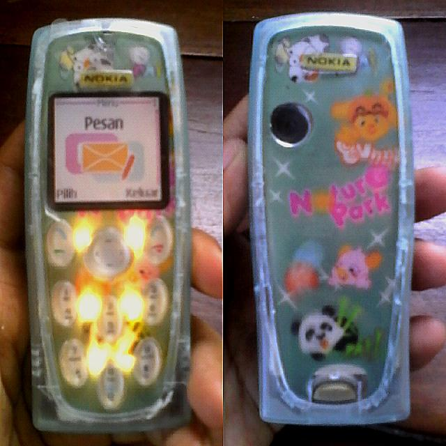 Nokia 3200 green transparan
