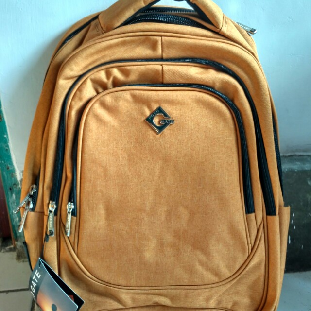 Polo gate backpack