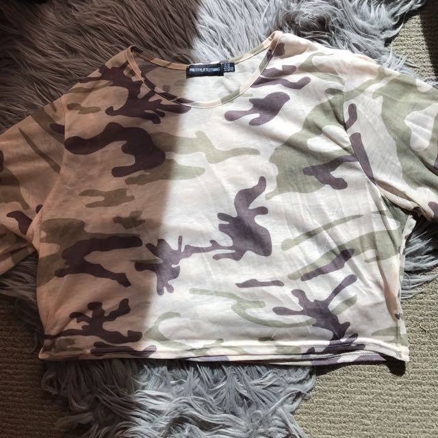 Pretty little thing camo crop top