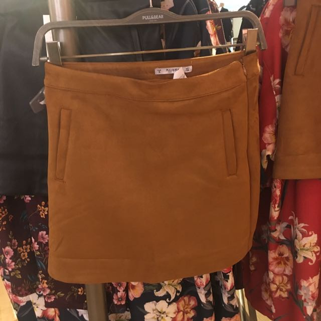 Pull and bear faux suede skirt
