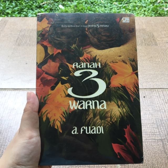 Ranah 3 Warna - Anwar Fuadi