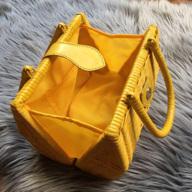 Rattan yellow summer bag