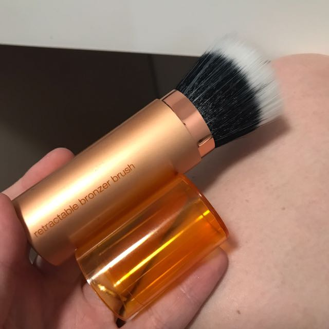 Real techniques retractable bronzer brush BN