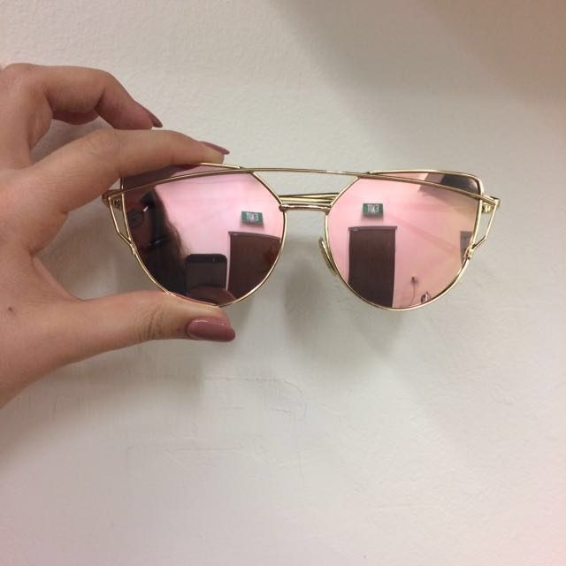 Rose gold aviator cat eye sunglasses & case