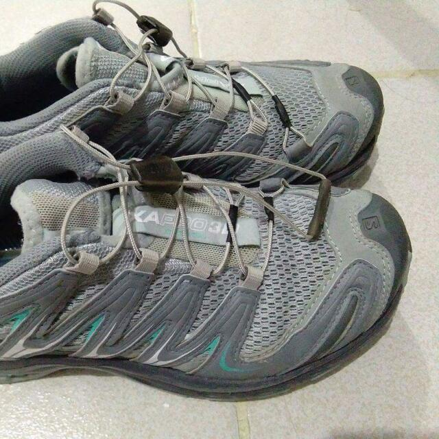 Salomon Shoes Women Size 38