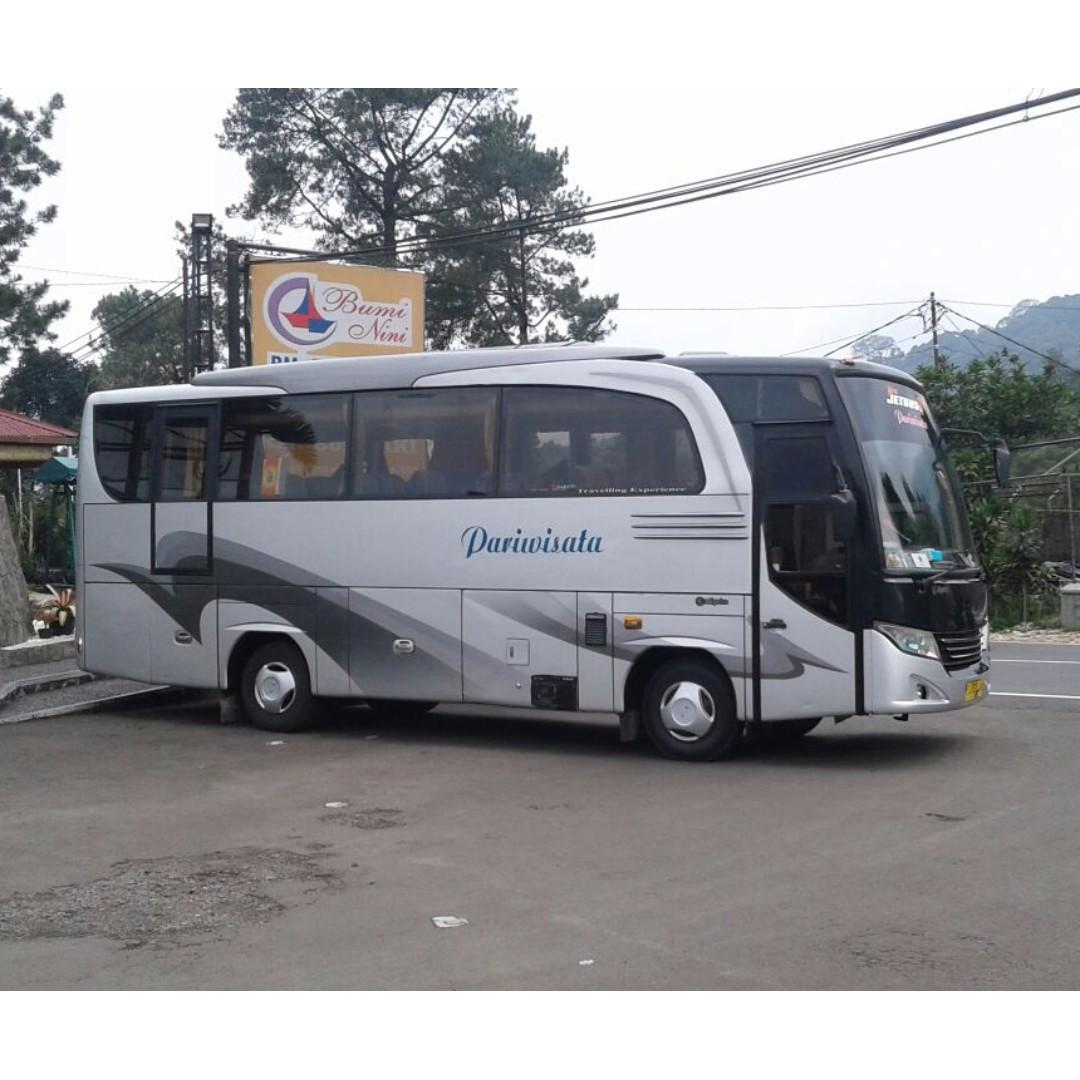 Sewa Mobil Medium Bus Murah Di Jakarta Hanya 1750000 Hubungi  Nemobid Cars Vehicle Rentals On Carousell