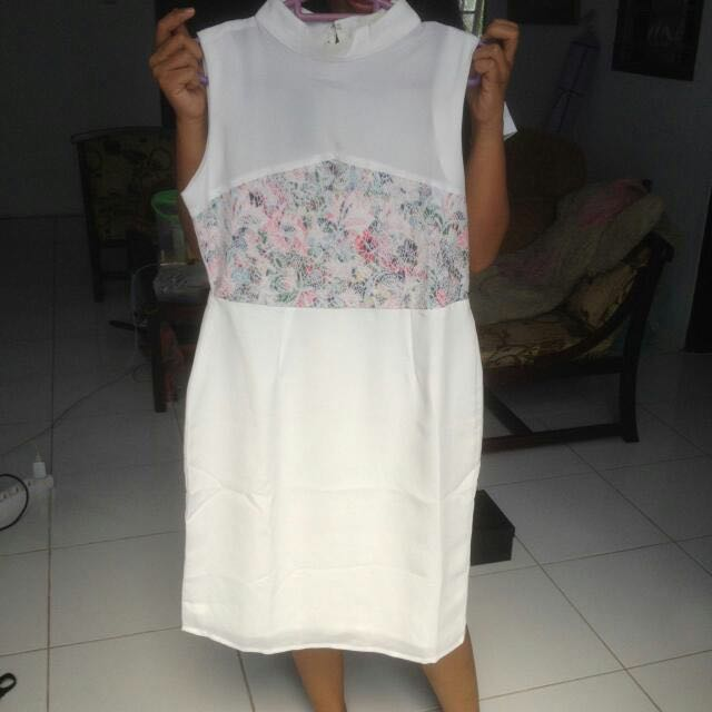 Stratto White Dress