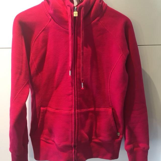 TNA zipper hoodie size L