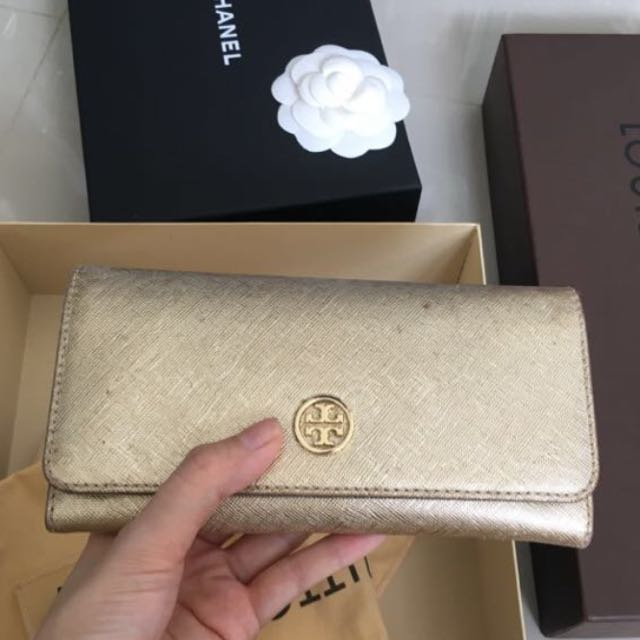 Tory burch wallet gold leather saffiano