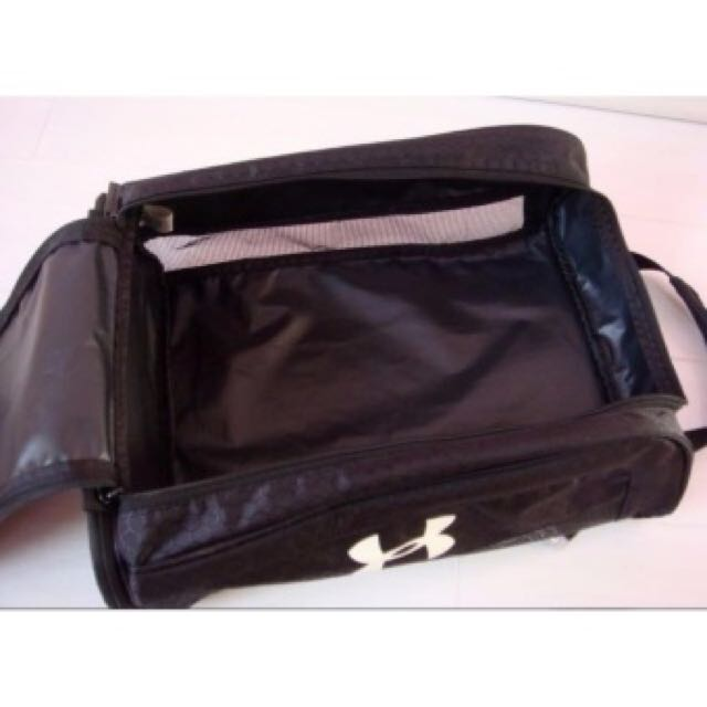 2c739cff95cd Under armour Sports Shoe Bag