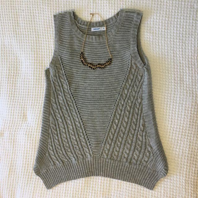 Valleygirl knit top: Size Medium