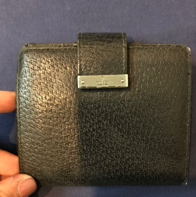 ec2d08f5a3d7 Vintage Gucci Wallet, Women's Fashion, Bags & Wallets on Carousell