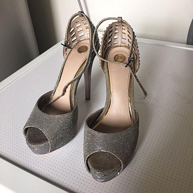 ZU Silver Heels silver diamonds back straps