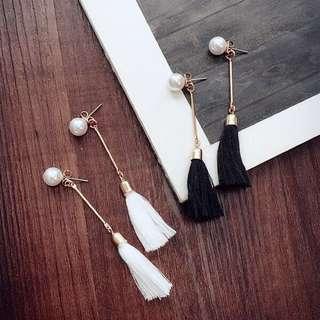[INSTOCKS] Minimalistic Dangling Tassel Earrings