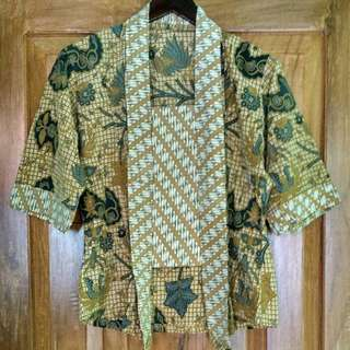 Antique Batik Jarik Kutubaru Kebaya Top