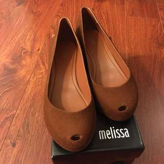 Melissa Ultragirl chocolate brown size7