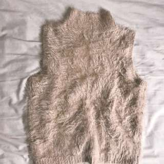 NEW Fluffy high neck knit NEW size M