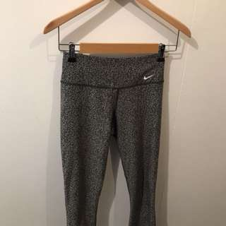 Nike dri-fit tights xs