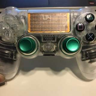 Ps4 controller (analogues only)