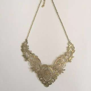 Vintage Inspired Collar Necklace