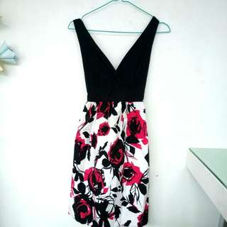 Pink black white dress