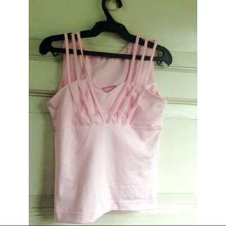 Chic light pink top