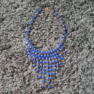 Kalung biru blink