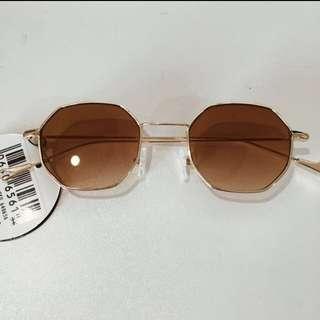 Hexagon Gold sunglasses
