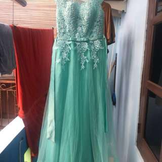 Bridesmaid / Family Gown 3