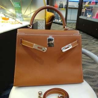 Hermes kelly 28 togo gold外縫
