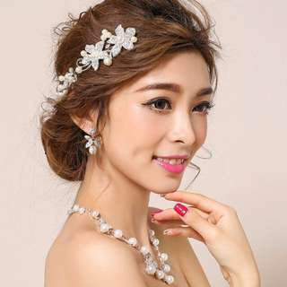 *Brand New* Korean Style bridal wedding accessory