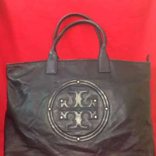 Sale!!! Tory Burch XL soft LEATHER bag