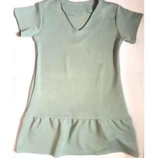 Ruffled Bottom Dress (NO BRAND)