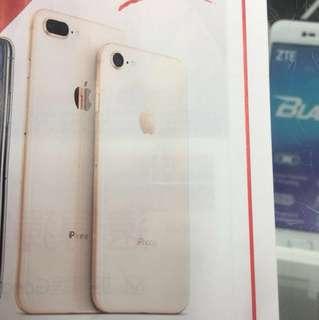 全新金色Iphone8plus64g