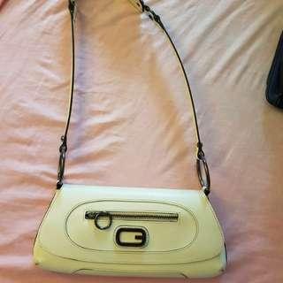 Guess cream white shoulder bag