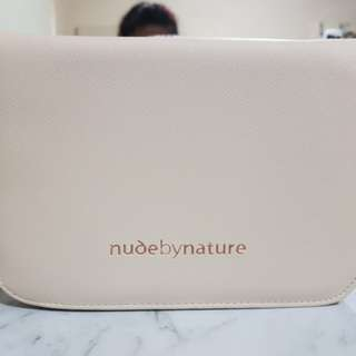 BN: Nude By Nature Brush Case