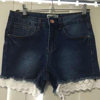 Breakers Shorts 8