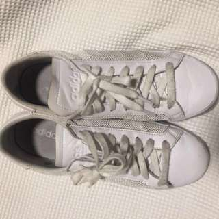 Mesh addidas sneakers. Men's size 8