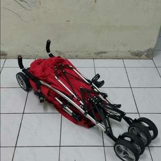 Tandem twin stroller