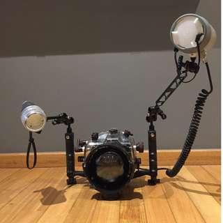 Full Underwater Set: Ikelite housing + strobe + Nikon D70 DSLR + 2x lens + ports