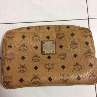 MCM clutch Bag(Fake)