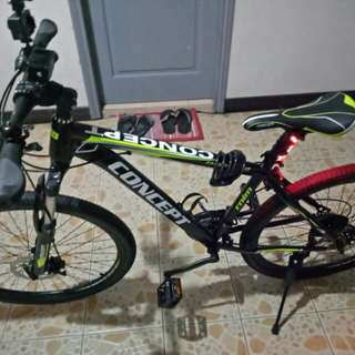 Road bike - concept with disk brake,  negotiable