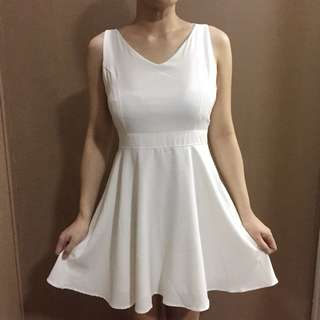 Chicabooti backless dress