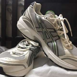 For sale pre-loved Asics Running shoes US Size 7